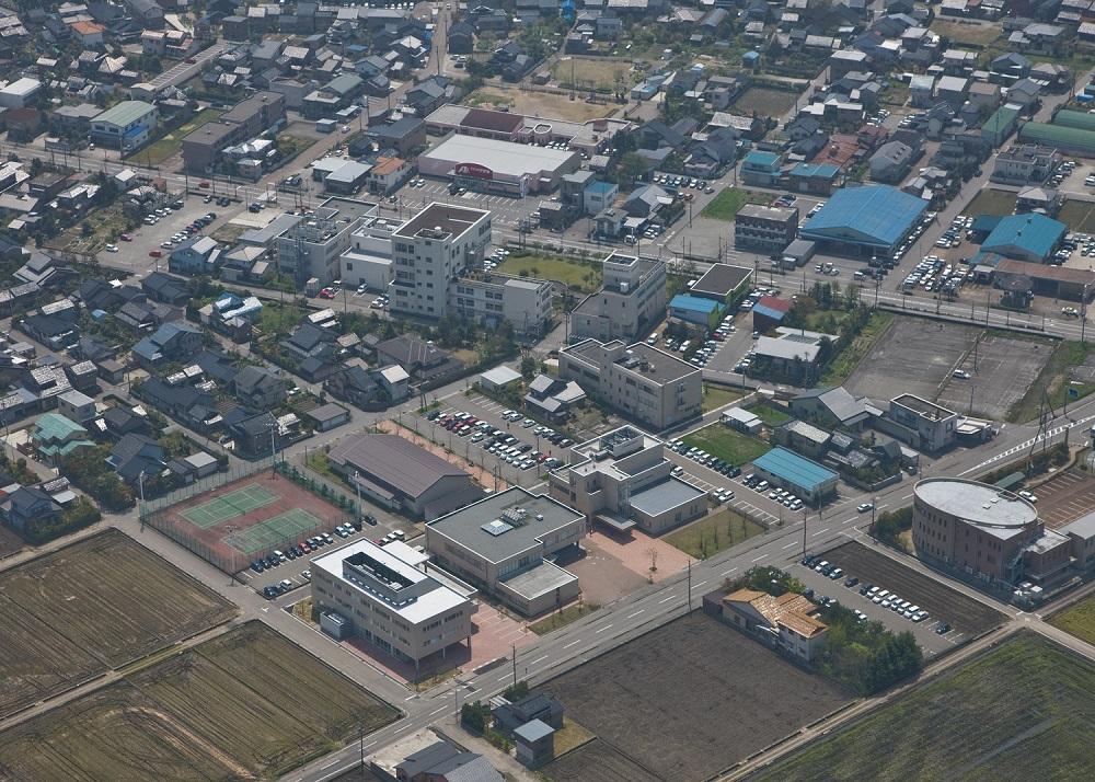 学校法人 浦山学園写真1